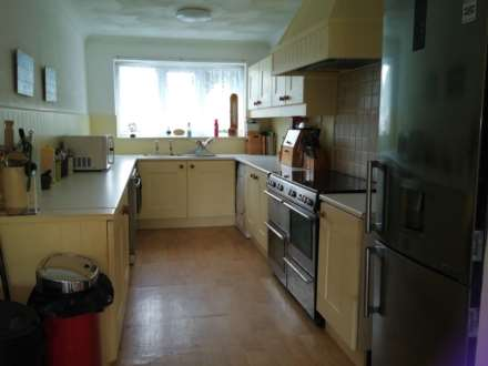 UPTON - SOLD - SIMILAR REQUIRED FOR WAITING BUYERS, Image 2