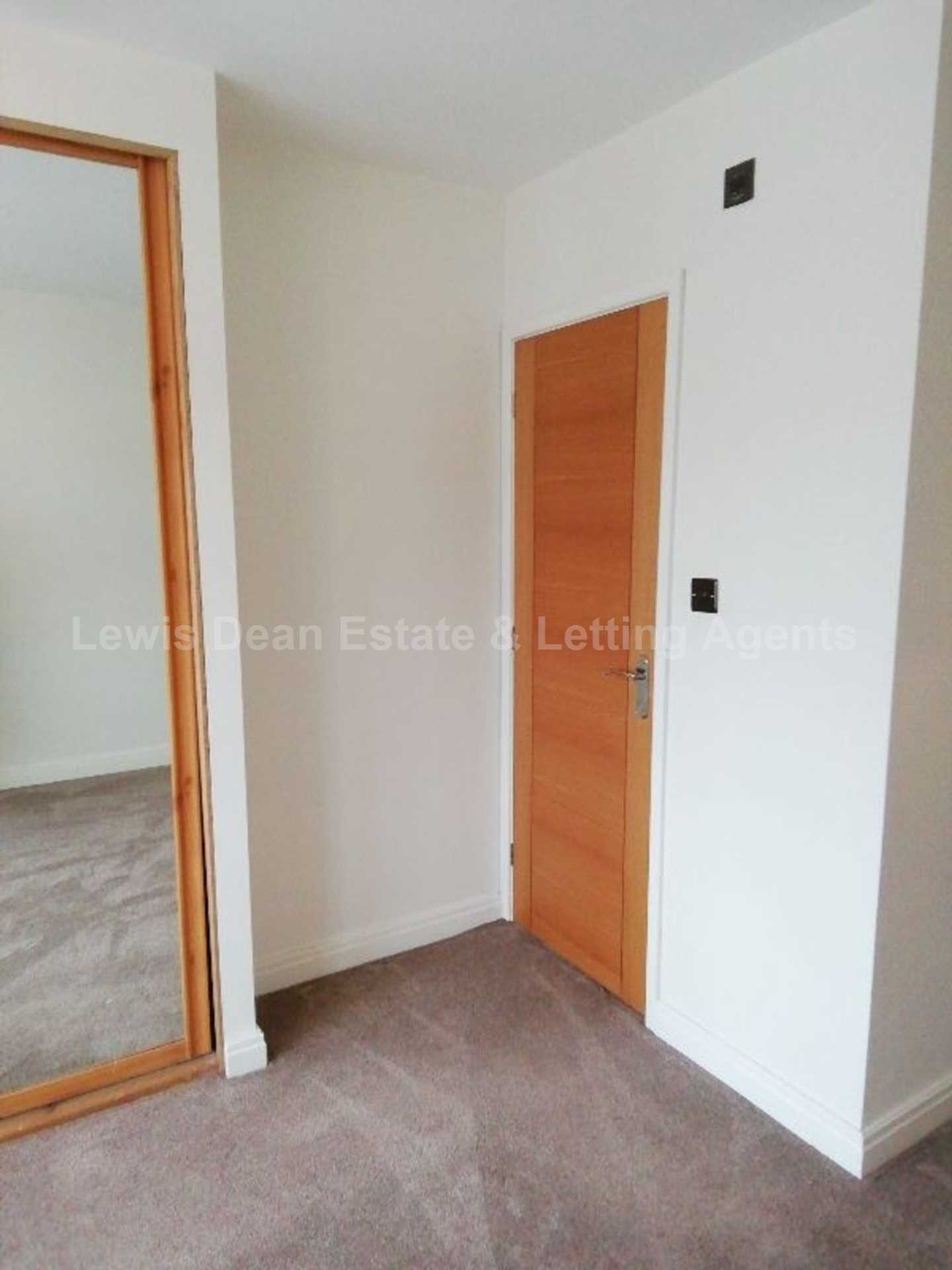 3 Bedroom Family home with Workshop/Home Office, Image 16