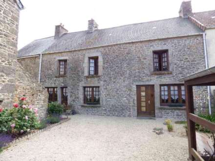 3 Bedroom Terrace, 6 la bourg Santoville, Normandy, France 190 Euros for a piece of heaven in Santoville 190 euros buys a lot