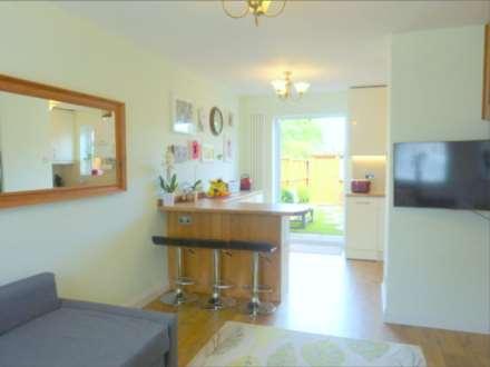 Rodgers Close, Borehamwood, Image 3