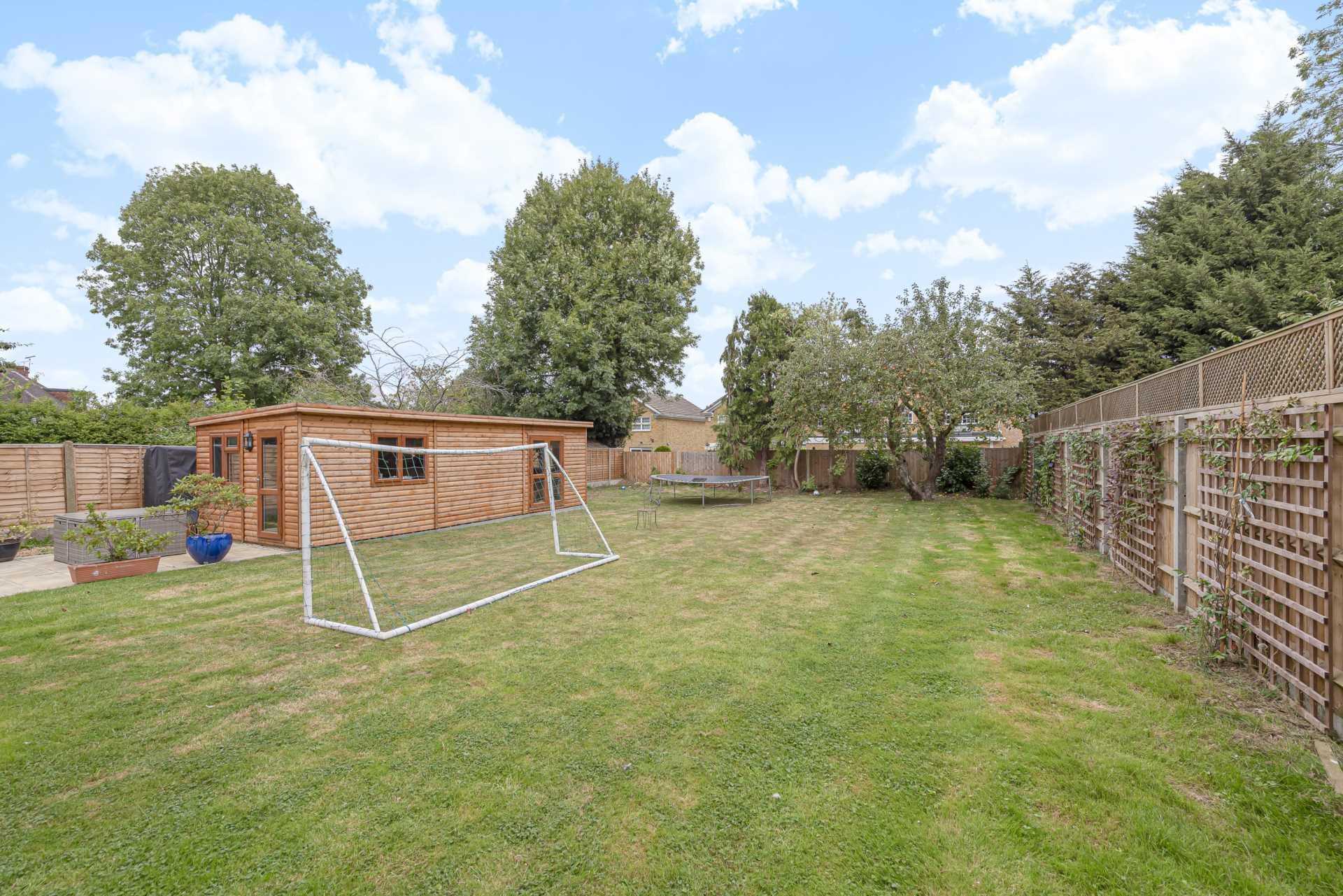 Deacons Hill Road, Elstree, Image 11