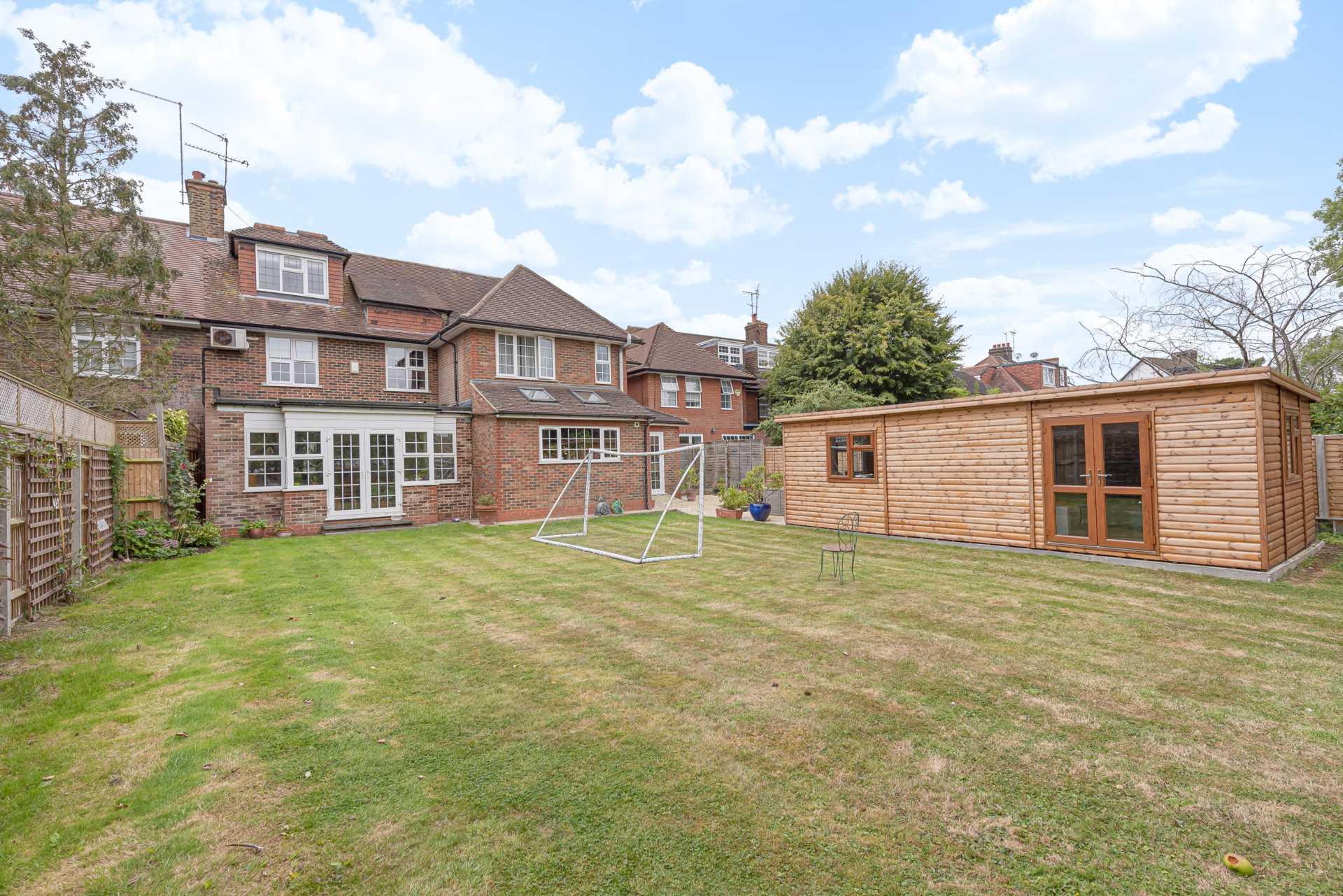 Deacons Hill Road, Elstree, Image 12