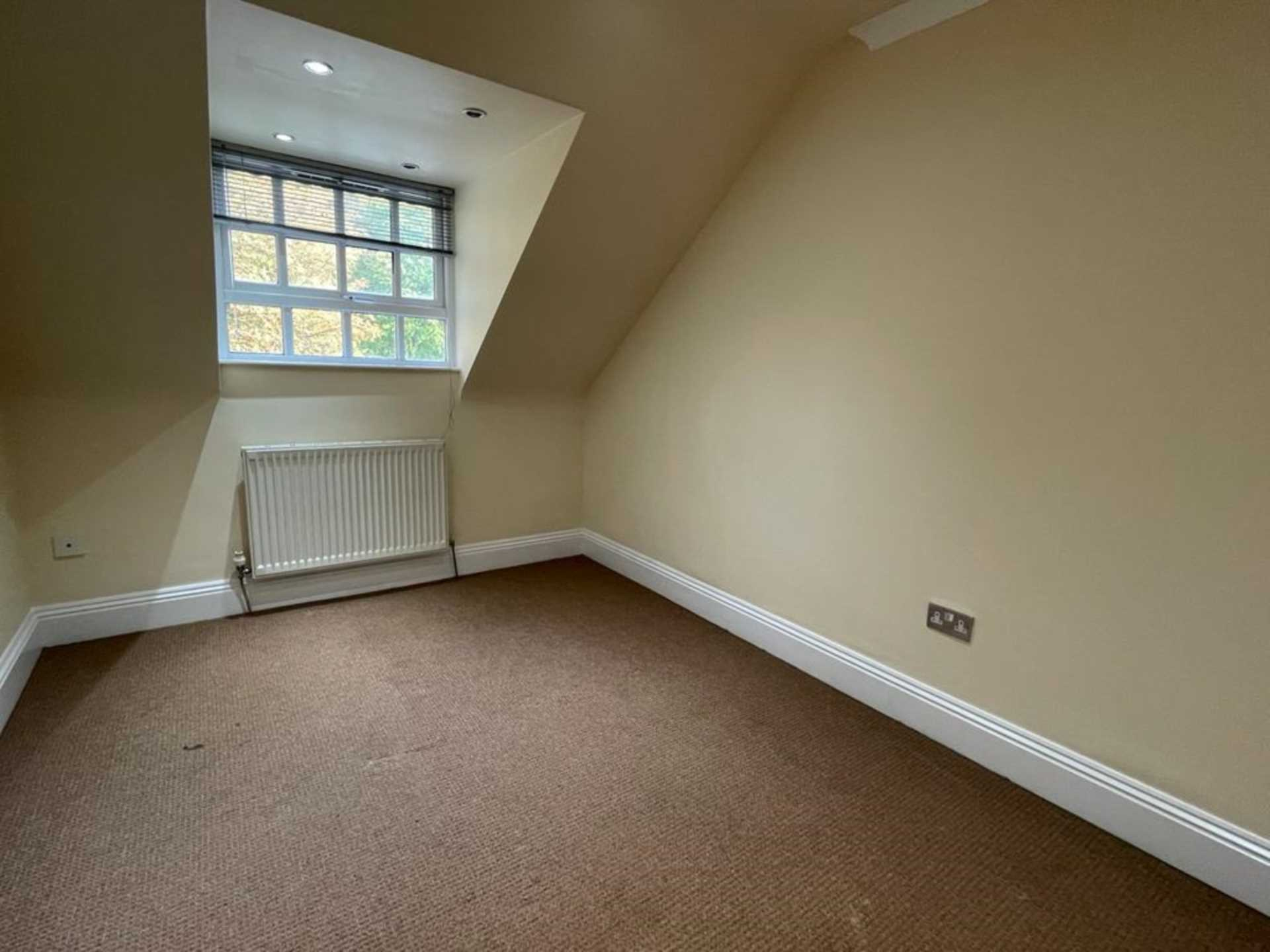 Carnatic Court, Mossley Hill, Image 14
