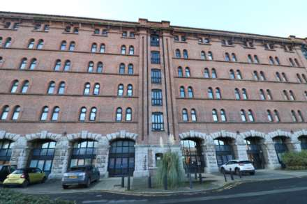 2 Bedroom Apartment, Liverpool
