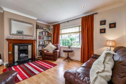 28 Limekiln Drive, Manor Estate, Terenure, Dublin 12, Image 2