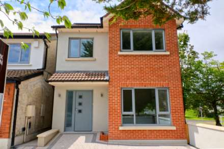 3 Bedroom Detached, 8A Rossmore Grove, Templeogue, Dublin 6W