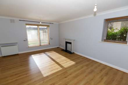 56 Whitehall Square, Perrystown, Dublin 12, Image 2
