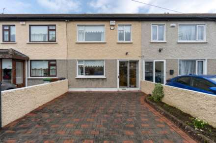 82 St. James Road, Walkinstown, Dublin 12