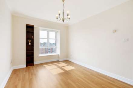 12 Greenville Place, Clanbrassil Street, Dublin 8, Image 3