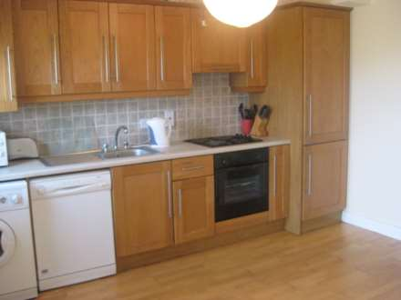 2 Priory Hall, Manor Grove, Terenure, Dublin 12, Image 3