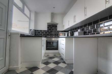 1 Bedroom Room (Double), Bergen Street, Burnley