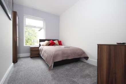1 Bedroom Room (Double), Hafton Road, Salford