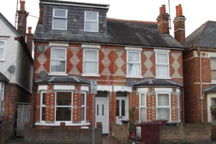5 Bedroom Semi-Detached, Wantage Road