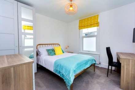 1 Bedroom Room, Baker Street, Reading