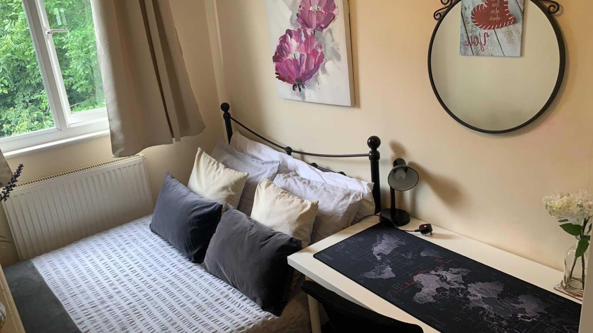 Room 4, 1 Windsor Close, Onslow Village, Guildford, GU2 7QU, Image 2