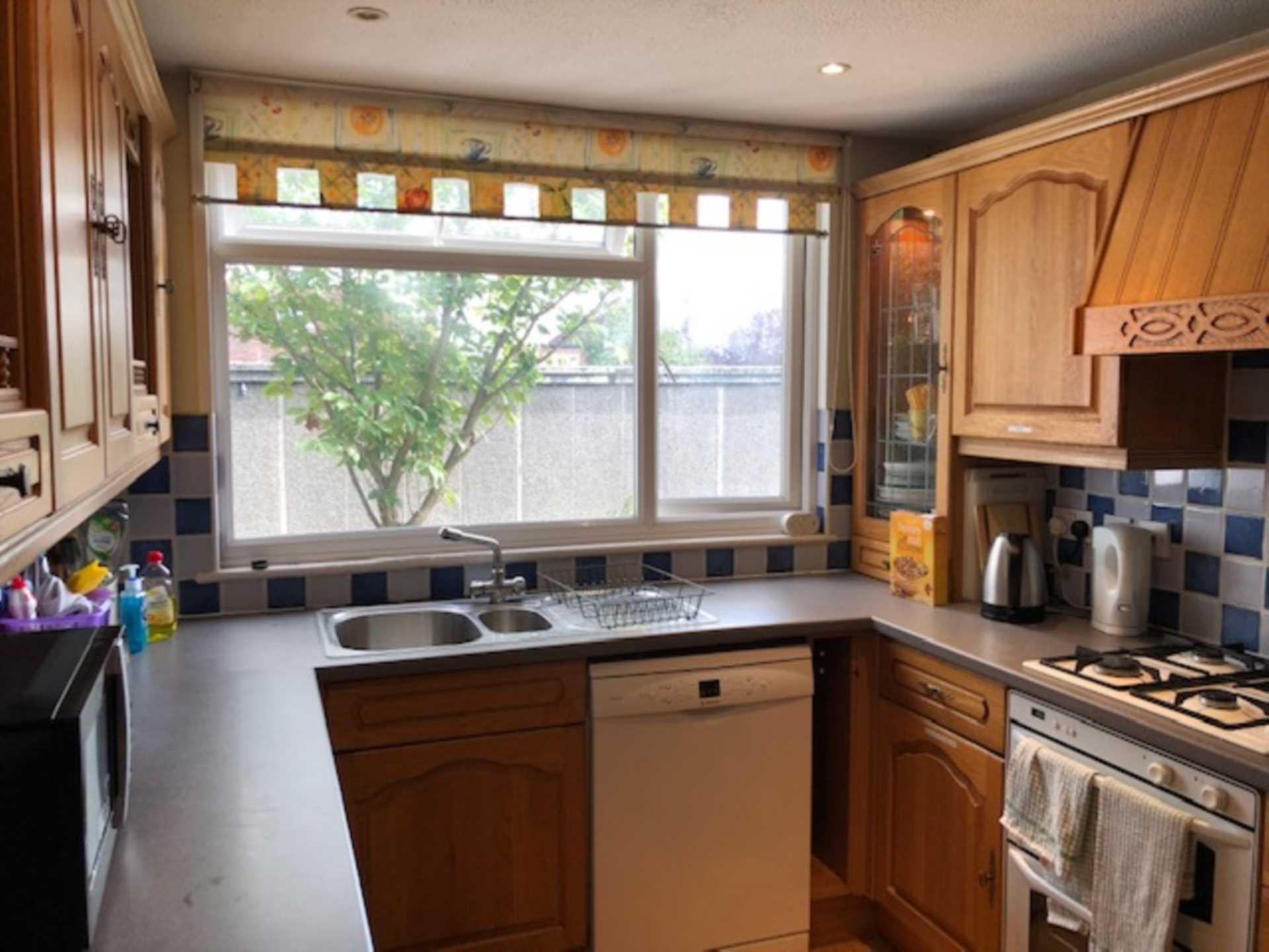 Room 4, 1 Windsor Close, Onslow Village, Guildford, GU2 7QU, Image 6