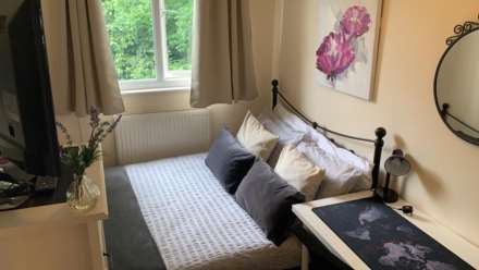 1 Bedroom Room (Double), Room 4, 1 Windsor Close, Onslow Village, Guildford, GU2 7QU