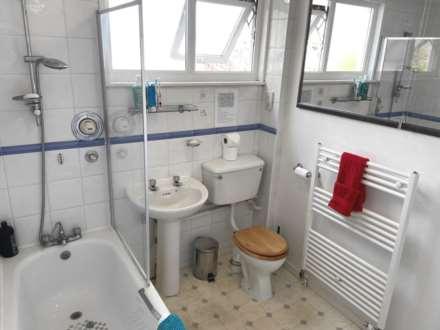 Room 4, 1 Windsor Close, Onslow Village, Guildford, GU2 7QU, Image 13