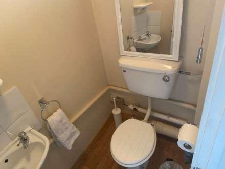 Room 4, 1 Windsor Close, Onslow Village, Guildford, GU2 7QU, Image 16