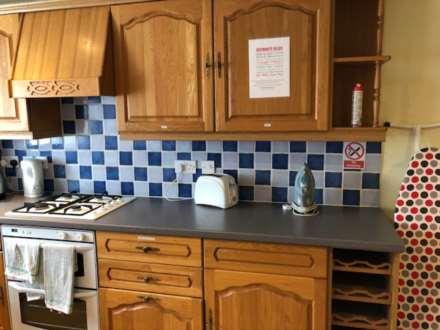 Room 4, 1 Windsor Close, Onslow Village, Guildford, GU2 7QU, Image 7