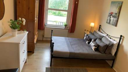 Room 3, 13 Western Road, Woodbridge Hill, GU2 8AU