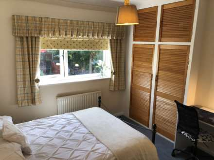 1 Bedroom Room (Double), Room 3, 44 Beech Grove, Guildford, GU2 7UX