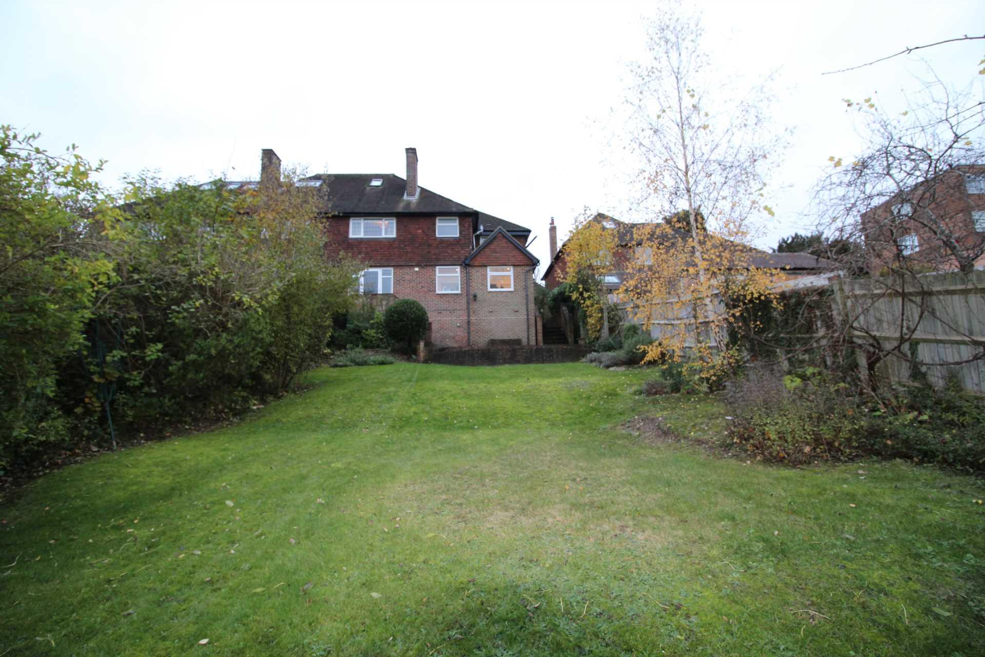 Room 1, Pewley Way, Guildford, GU1 3PX, Image 10
