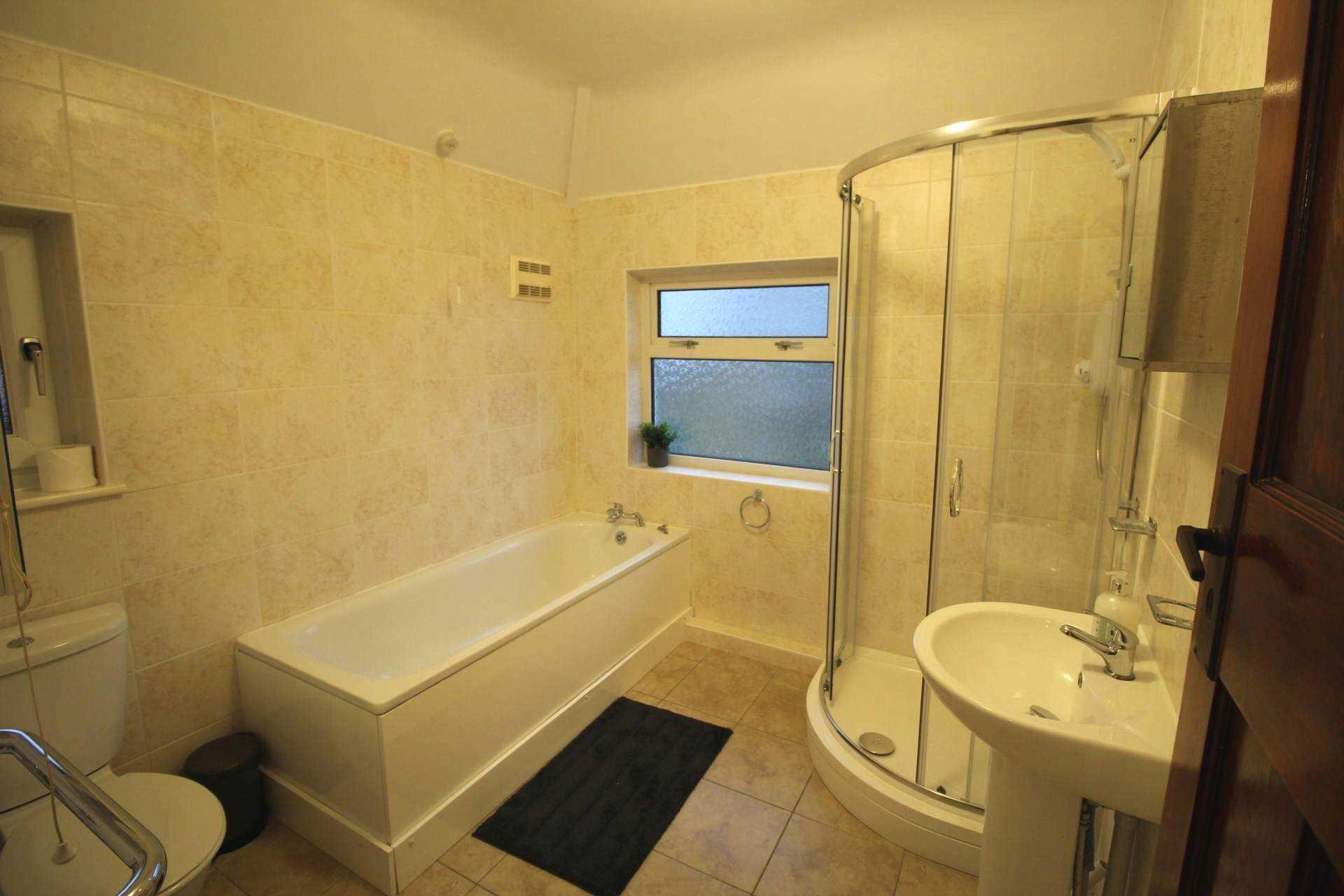 Room 1, Pewley Way, Guildford, GU1 3PX, Image 6