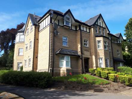 2 Bedroom Apartment, Greystones Court, Roundhay