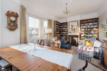 2 Bedroom Flat, Clive Road, West Dulwich, London SE24
