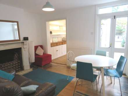 4 Bedroom Terrace, St Johns Lane, Canterbury