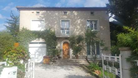 3 Bedroom Detached, Avenue De Lautrec, Castres, France