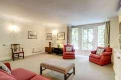 2 Bedroom Flat, Sandalwood Mansions, Kensington Green, London W8