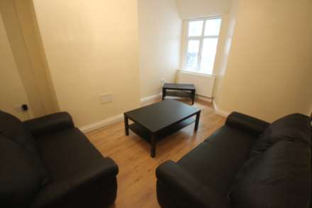 4 Bedroom House Share, Kingswood Road, Fallowfield, Manchester M14 6RZ