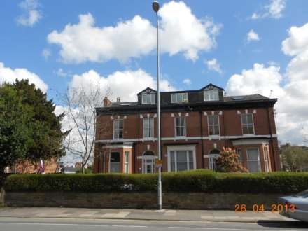 3 Bedroom Apartment, Palatine Road, Withington, M20 3LH