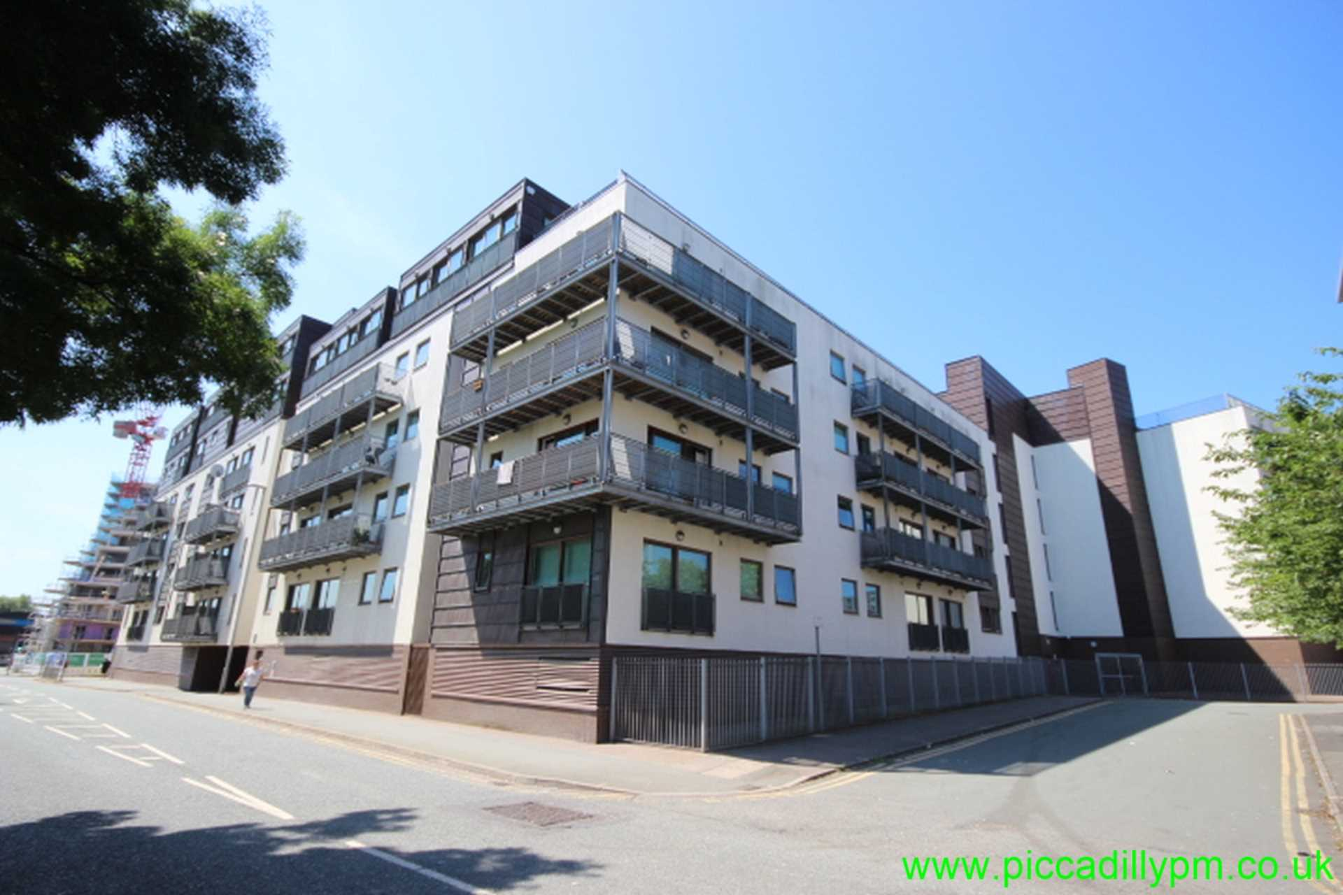 Piccadilly Property Management Ltd - 2 Bedroom Apartment, Advent 2/3, 1 Isaac Way, Ancoats, M4 7ED