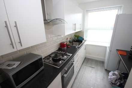 1 Bedroom Room (Double), Crofton Street, Hathershaw, Oldham, OL8 3DA