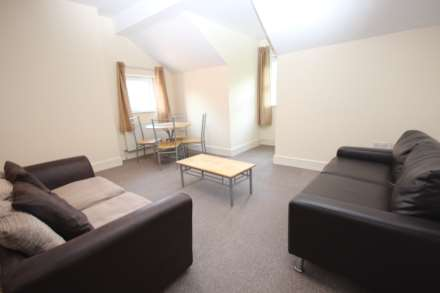2 Bedroom Apartment, Alexandra Road South, Whalley Range, M16 8HU