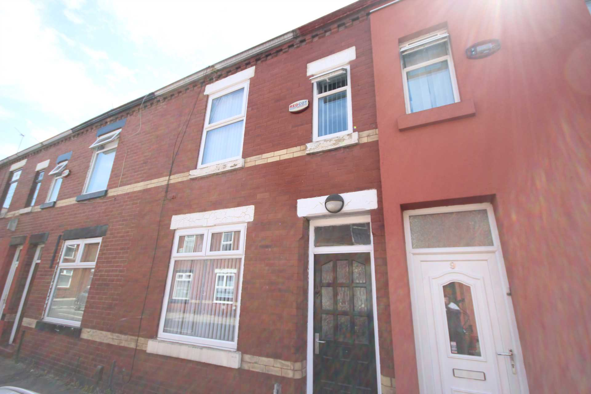Piccadilly Property Management Ltd - 1 Bedroom Room (Double), Southbourne Street, Salford