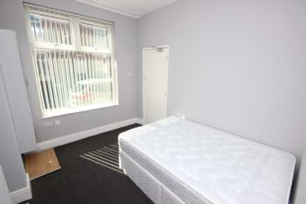 4 Bedroom House Share, Blandford Road, Salford