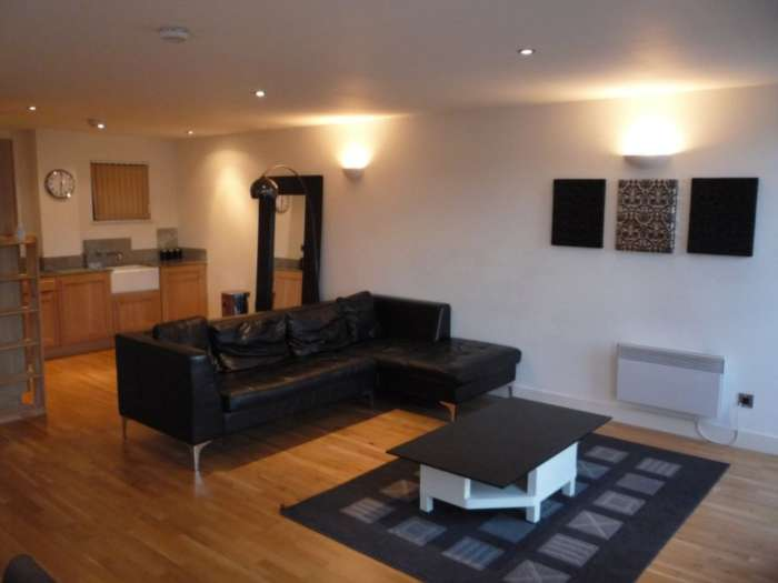 PJW Properties - 3 Bedroom Apartment, Ancoats