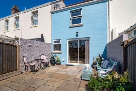 St Peter -  - Exceptional 2 Bedroom Cottage -QUALIFIED, Image 16