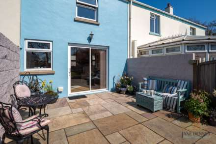 St Peter -  - Exceptional 2 Bedroom Cottage -QUALIFIED, Image 17