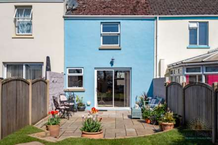 St Peter -  - Exceptional 2 Bedroom Cottage -QUALIFIED, Image 8