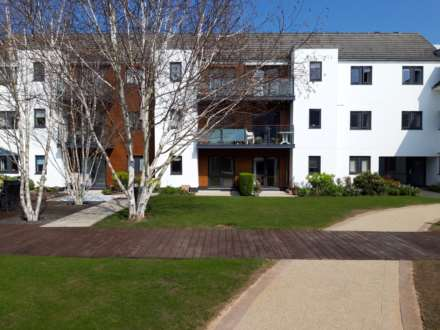 1 Bedroom Flat, L`Hermitage Gardens, Beaumont
