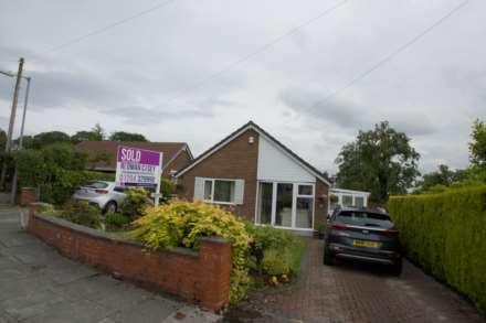3 Bedroom Detached Bungalow, Moorland Drive, Horwich