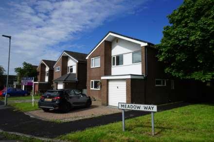 4 Bedroom Detached, Meadow Way, Edgworth