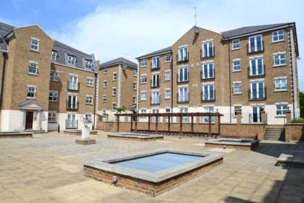Brook Square, Shooter`s Hill, SE18 4NB