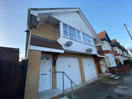 Property For Sale Ronald Park Avenue, Westcliff On Sea