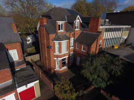 10 Bedroom House, Derby Road, Lenton